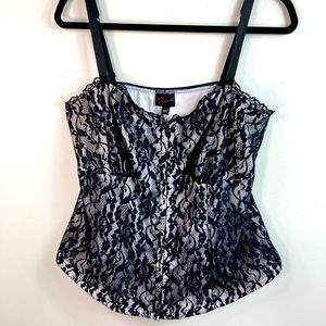 Torrid 1 (1X) Black White Floral Lace Corset Top